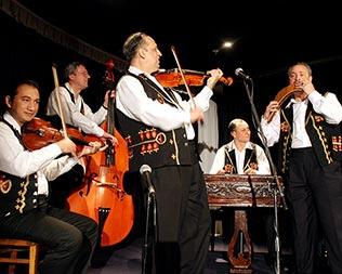event header orchestra tzigana 316x253 - Sibari