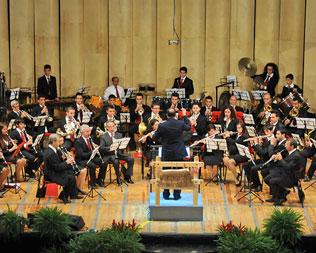 """Musica in Jeans con l'Orchestra """"L. Vinci"""" di Roccabernarda"""